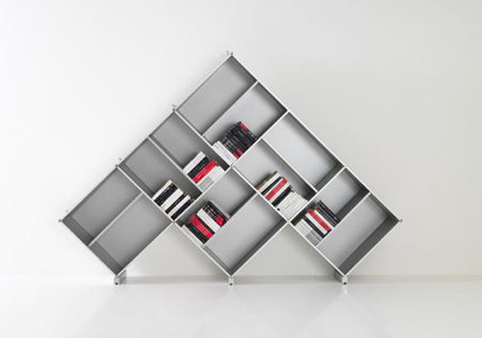 pyramid-bookcase-4