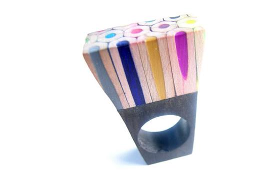 Bijoux en crayons de couleurs Crayon-ring-5