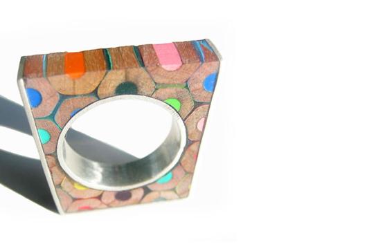 Bijoux en crayons de couleurs Crayon-ring-7