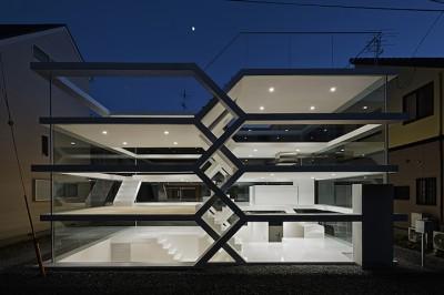 the-s-house-01