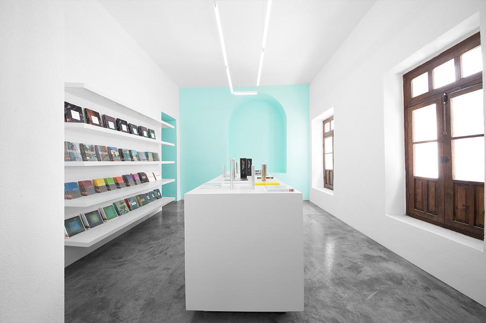 Conarte-Library-bibliothèque-design-Monterrey-Anagrama-mexique-6