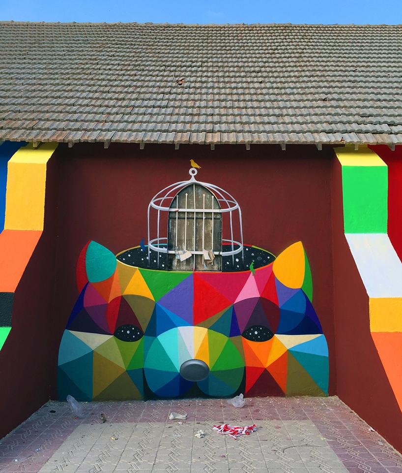 Une église abandonnée à Youssoufia par Okuda San Miguel sur Design Maroc