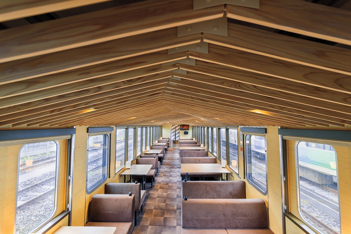 Le train restaurant 52 sets of Happiness par Design Maroc